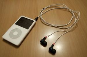 iPodに差込。いざ、視聴。