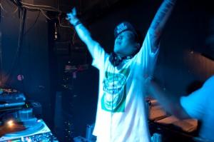 DJ kaZya